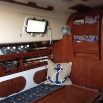 Sailboat - Hunter 30 - Cabin